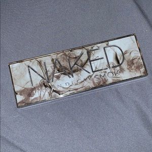 Urban Decay Naked Smoky Pallette